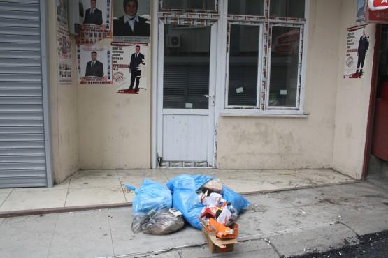 Kuştepelilerin çöp isyanı galerisi resim 1