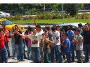 Halide Edip taraftarlarından Emir Sarıgül'e protes