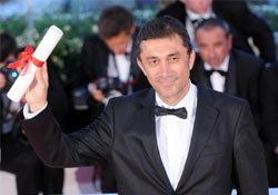 Cannes'ta ONURLANDIK