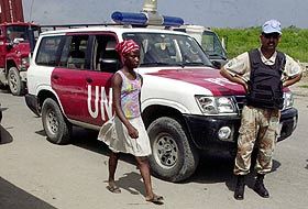 """BM askerlerine """"çocuklara taciz"""" suçlaması"""