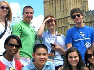 AF Eğitim İle Yurt Dışında Eğitim Görmeye Ne Dersiniz?