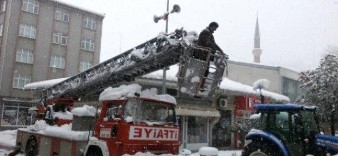 Kar Altında İtfaiyenin Zorlu İmtihanı..