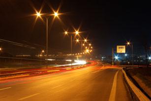 İstanbul'un yolları aydınlanıyor