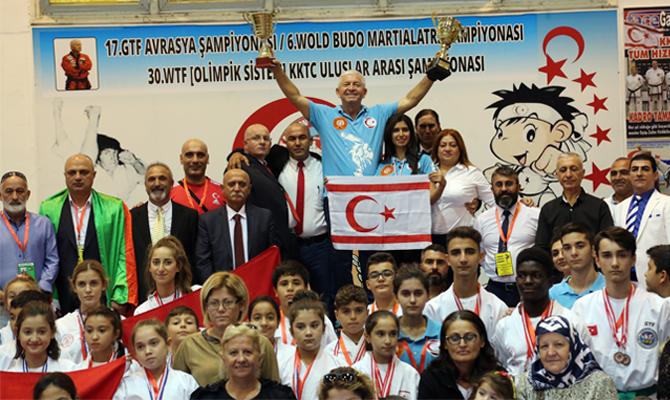 KKTC Taekwondo Milli Takımı Yine Şampiyon
