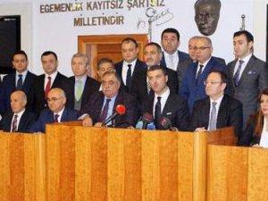Sarıgül ilk icraatı: CHP'li meclis üyelerini istifa ettiriyor!