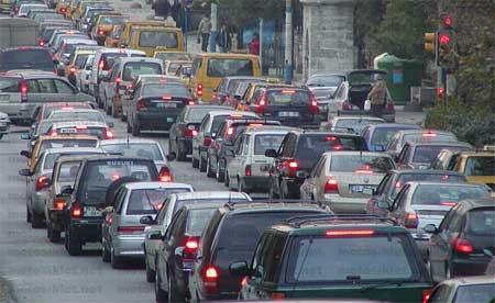 İstanbul'u trafik çilesi bekliyor