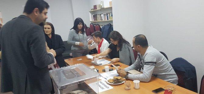 CHP'de Şişli Mecidiyeköy seçimlerini Kırmızı Liste kazandı