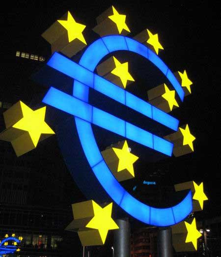 Avrupa finansal reform için G8'i toplayacak