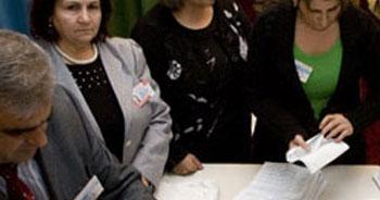 vAzerbaycan seçimlerine itiraz