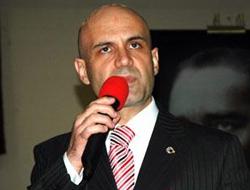 Turhan Çömez'e yakalama emri