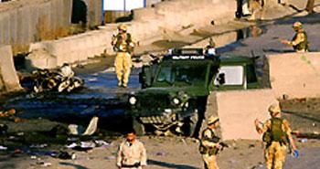 ABD askeri konvoyuna saldırı: 21 ölü