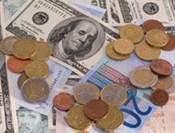 Dolar 1,57 YTL'ye düştü