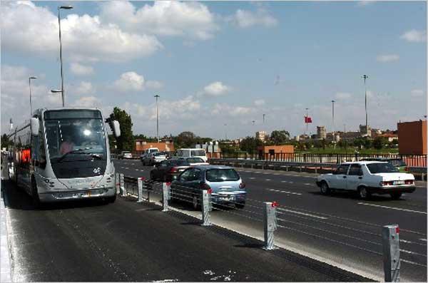 6 yeni metrobüs hattı geliyor