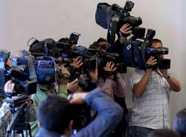 Gazetecilerden 'yıpranma' yürüyüşü