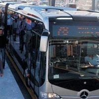 Metrobüs Şubat'ta Kadıköy'de