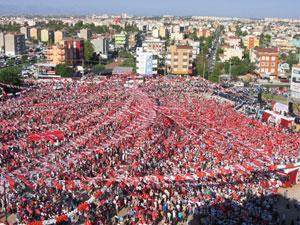 Hafta sonu siyasetin merkezi İstanbul!