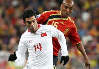 Türkiye-İspanya 10. randevuda!