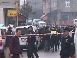Bakırköy'de PTT şubesi soyuldu