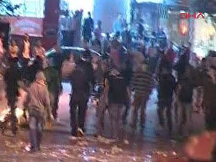 Terör örgütü yandaşları Ataşehir'i savaş alanına çevirdi