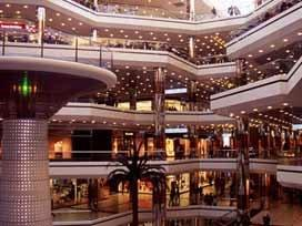 Alışveriş merkezleri birbirini baltalıyor