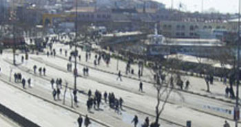 Kadıköy'de miting var!