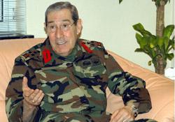 Büyükanıt yaralı askerleri ziyaret etti