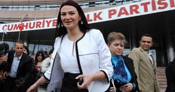 Azeri vekillerin Ankara çıkarması
