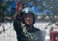 Uygur Türkleri'ne bunu da yaptılar