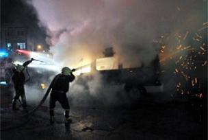 İstanbul'da terör yandaşlarına gözaltı