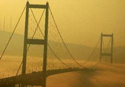 İstanbul boğazı trafiğe kapatıldı