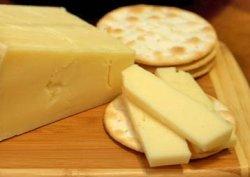 Kaşar yerine margarin baharat yerine kiremit tozu..