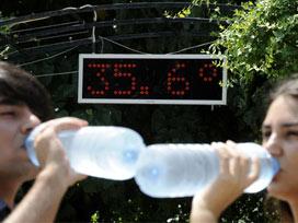 İstanbul'da da sıcaklık ve nem hayatı felç etmeye devam ediyor