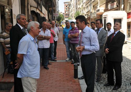 Şişli Belediyesi ekipleri sokak yenileme çalışmalarına devam ediyor.