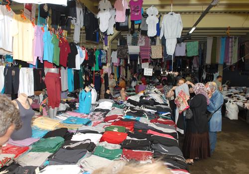 Her Cuma Feriköyde pazar kuruluyor