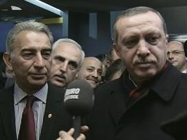 Erdoğan tepki nedeniyle staddan ayrıldı.....