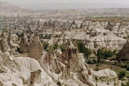 KAPADOKYA'NIN ALTI, YERALTI ŞEHİRLERİ İLE KAPLI