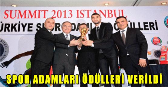 Haliç Üniversitesi 4. Uluslararası Sporun Zirvesi 12. Spor Adamları Ödülleri Dağıtıldı.