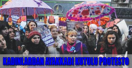 Kadınlardan Ayakkabı Kutulu Protesto