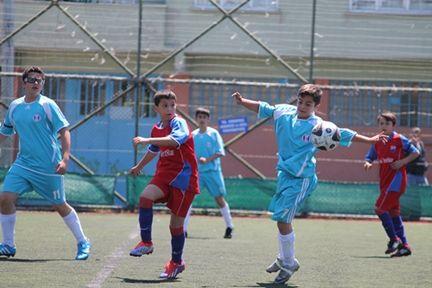 Halil Rıfatpaşa 3 golle 3 puanı aldı