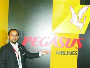 Pegasus uçaklara reklam giydiriyor