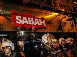 Terör protestosunda kalabalık Sabah'a yöneldi