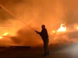 Şişli'de bir iş yeri alev alev yandı