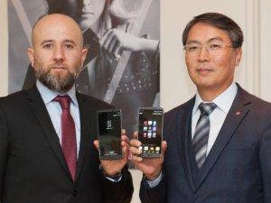 LG V10 Türkiye pazarına girdi. İşte LG V10 özellikleri ve fiyatı