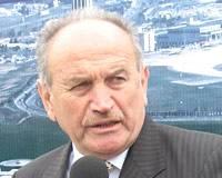 İstanbul Büyükşehir Belediye Başkanı Kadir Topbaş, 1 Mayıs kutlamaları nedeniyle dün yaşanan olayların İstanbul'a genel olarak zararının 1 milyar YTL civarında olduğunun tahmin edildiğini söyledi.