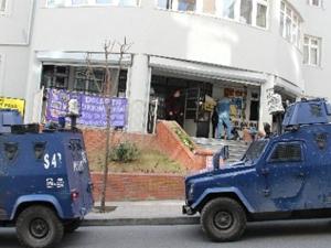 Şişli'de PTT Şubesinde silahlı soygun