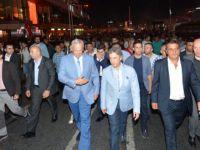 Başkan İnönü,  Ahmet Misbah Demircan'ın davetiyle  Taksim demokrasi nöbetinin misafiri oldu.