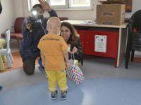 Okmeydanı Eğitim ve Araştırma Hastanesi Onkoloji Servisi Hastane sınıfında karne heyecanı..!
