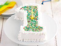 1 Yaş Doğum Günü İçin Pasta Örnekleri