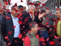 Muammer Keskin: 'Bir takım rantçıların Kuştepe'de gözü var' diyerek, '20 yıldır neredeydiniz!' dedi.