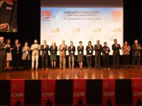 CHP'nin yeni Şişli İlçe Başkan Oya Akman oldu